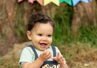 Babys 1st birthday outdoor cakesmash in Bexley
