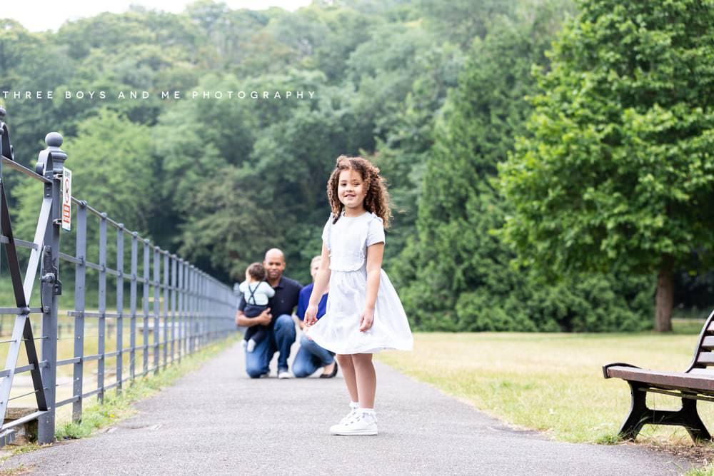 Outdoor social distance newborn photographer Nina Callow 3 Boys & Me Photography London and Kent