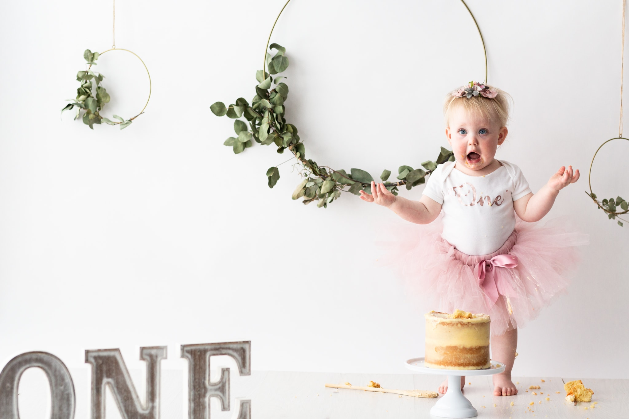 Another month of wonderful Kent cake smash shoots